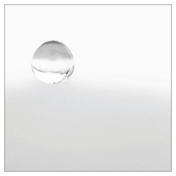 chute d'eau dans du lait Image72